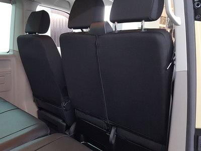 VW T6 Caravelle vorne von hinten