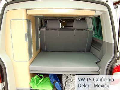 VW T5 California Sitzbezüge Hintergarnitur von hinten